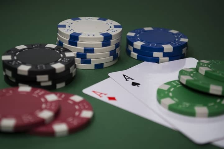 How to Play Pocket Aces