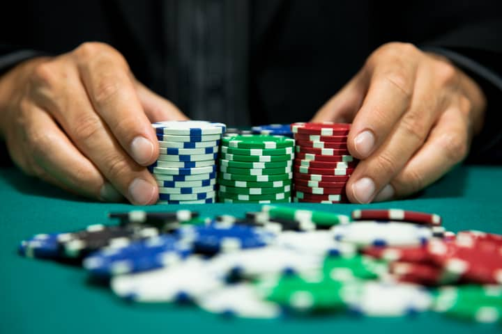 rules of texas holdem betting
