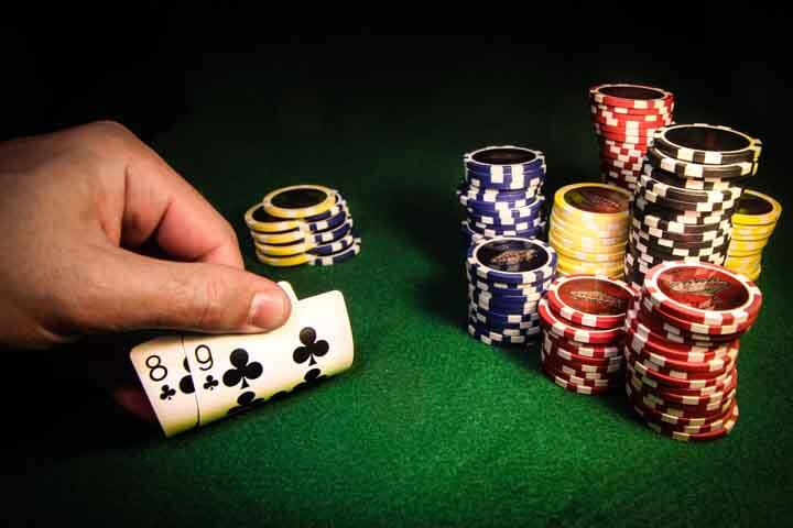 How-to-Bluff-in-Poker